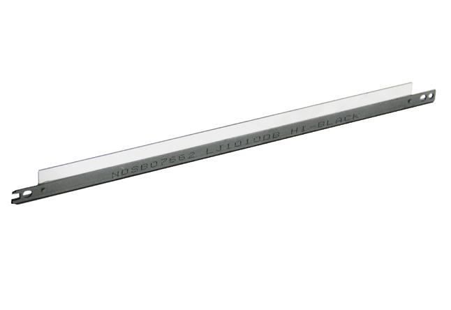 Дозирующее лезвие (Doctor Blade) Hi-Black для HP LJ1010/1020/3015, с уплотнителем